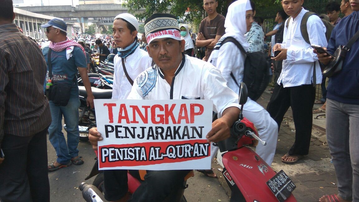 """Political Protests, Global Islam and National Activism: Deciphering the Motivations behind Indonesia's """"Conservative Turn"""""""