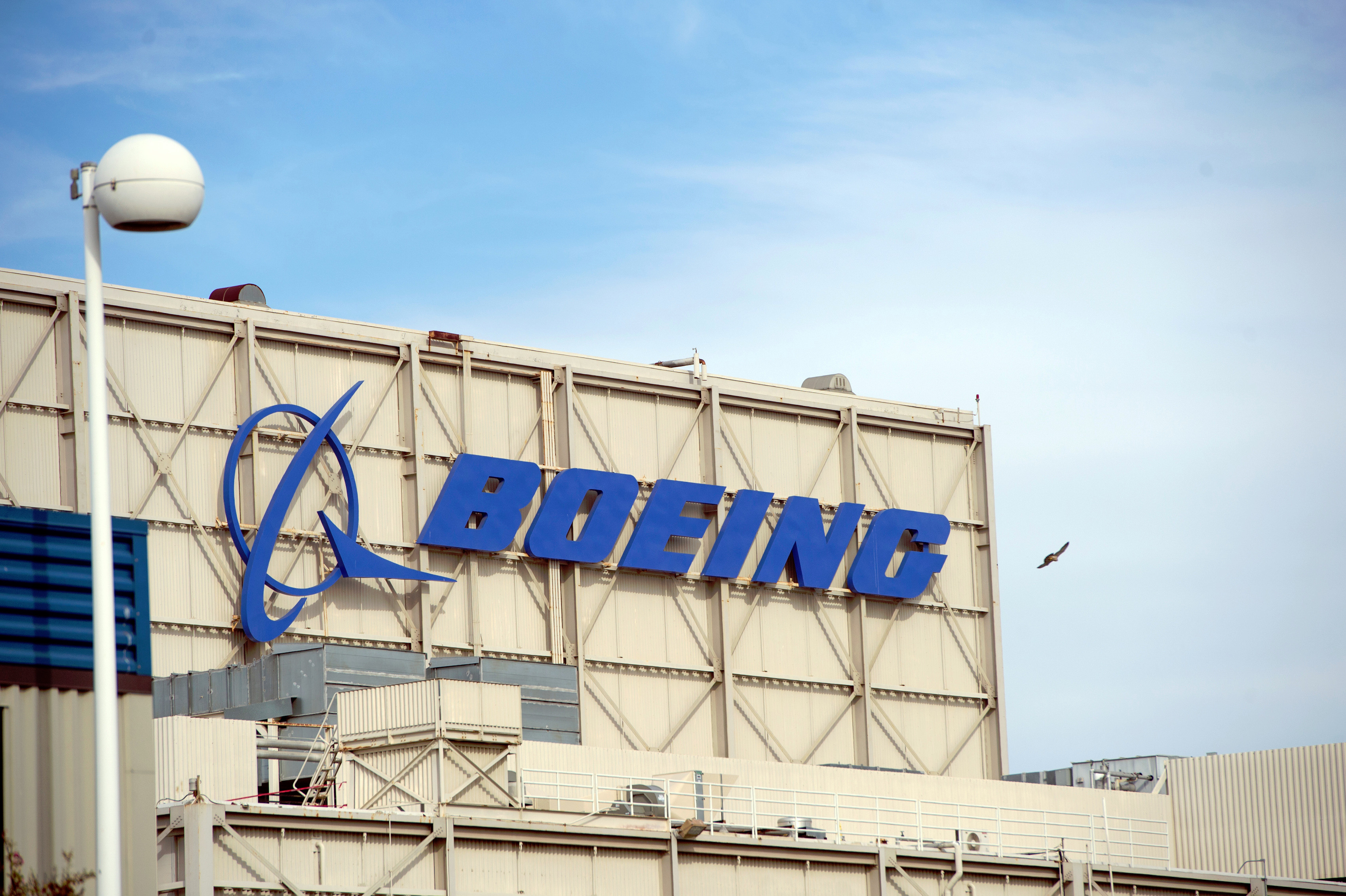 Iran in Talks with Alternative Companies to Replace Boeing, Airbus