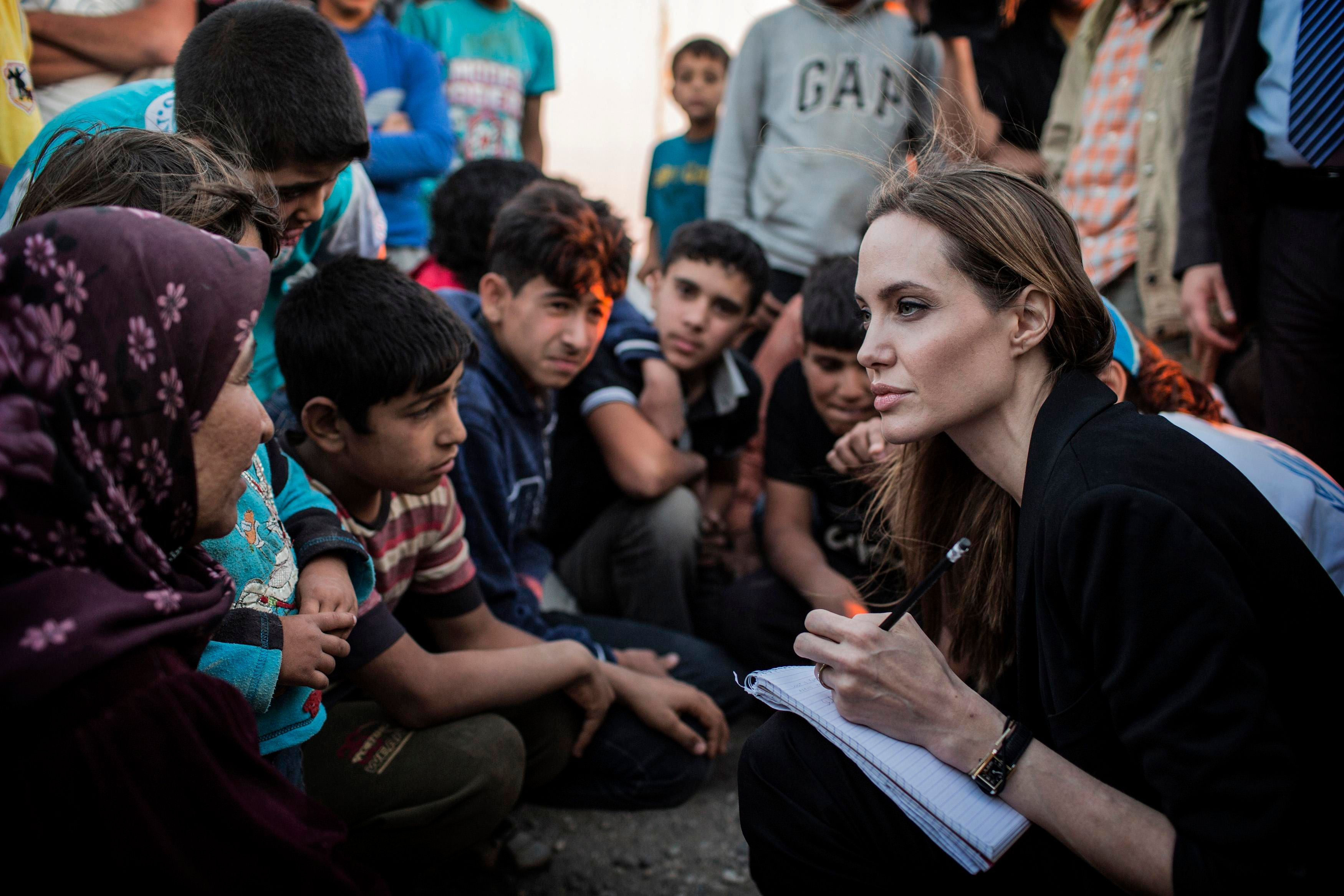 Bearing Witness to the Refugee Crisis: Western Audiences and Jordanian Humanitarian Workers