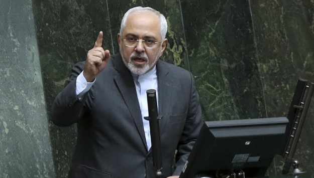 Zarif arrives in South Africa leading high-ranking trade delegation