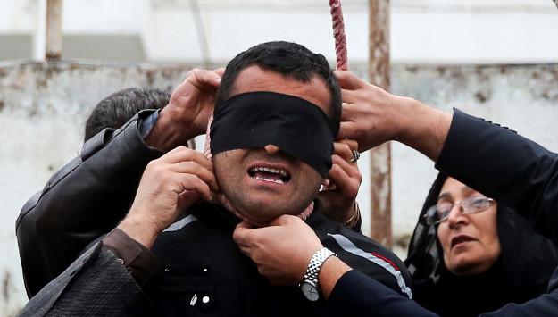 Iran's Hunger-Striking Political Prisoners in Focus