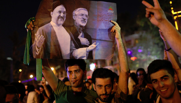 IRGC Commander Hints at Executing Opposition Leaders