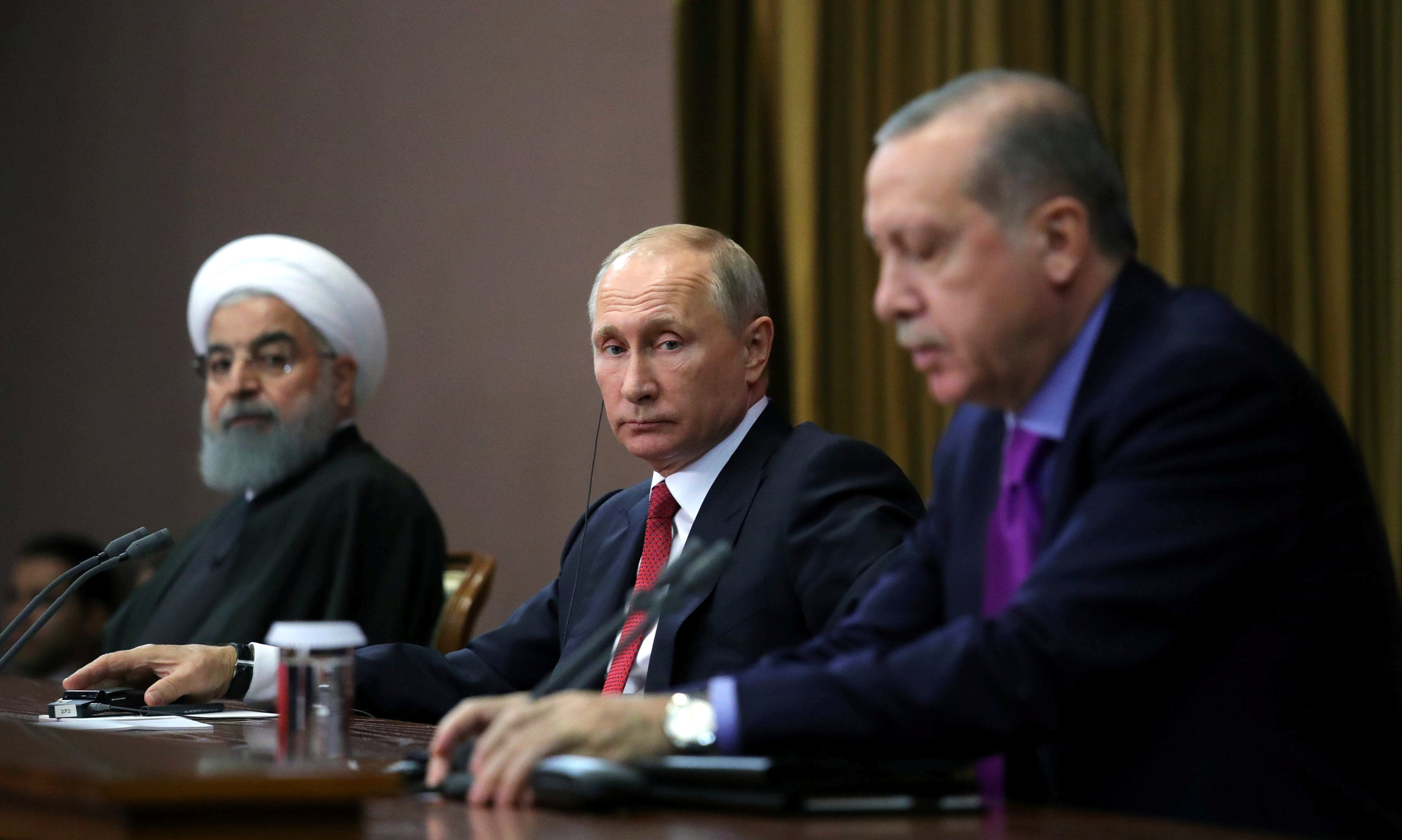 Iran, Turkey, Russia discuss Syria as violence rages unabated