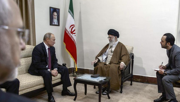 "Iran Seeks to Deepen Its Ties with Russia to ""Isolate"" America"
